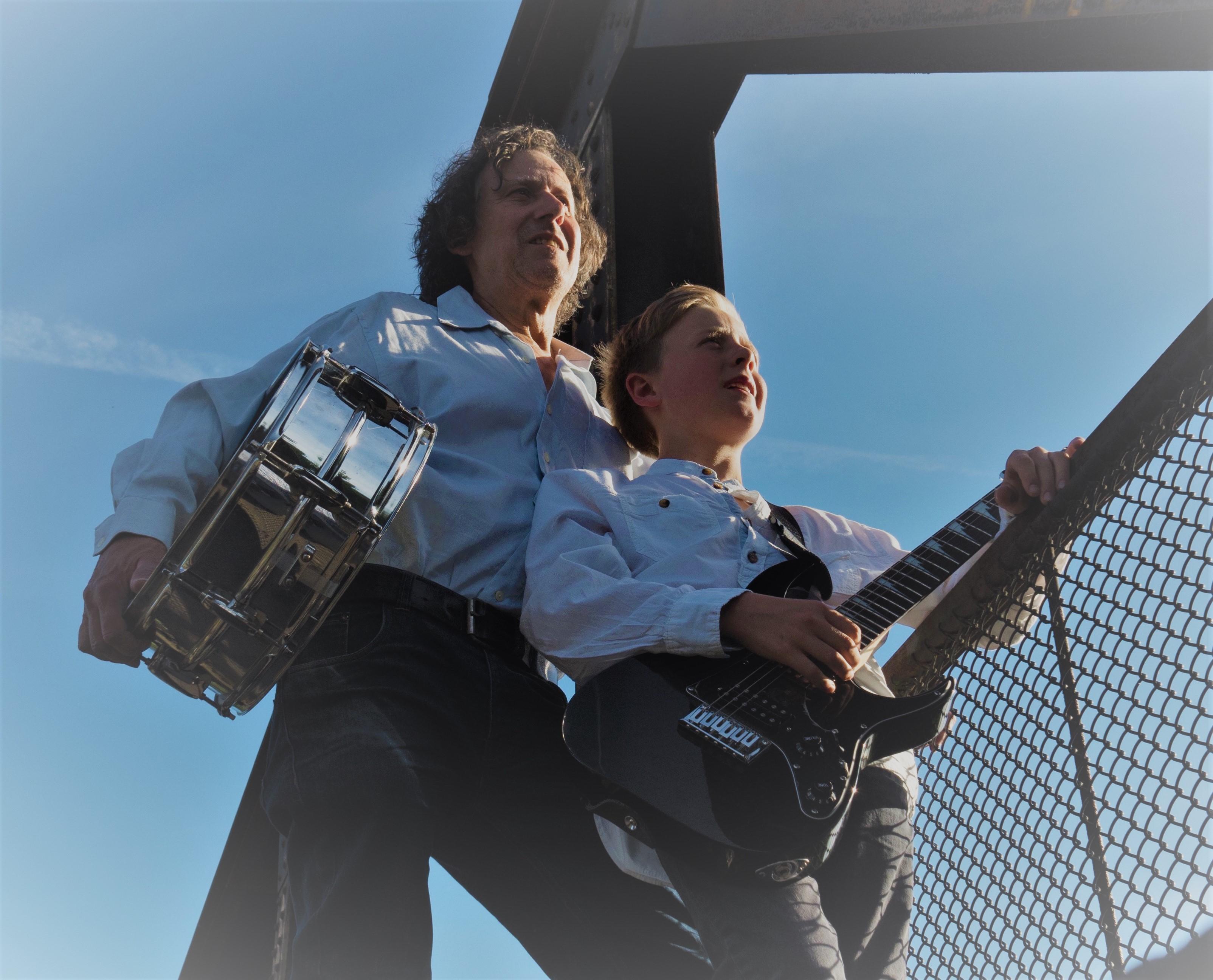 HoffART Sommer 2018: Henri & Robby – Beatles für Klein und Groß