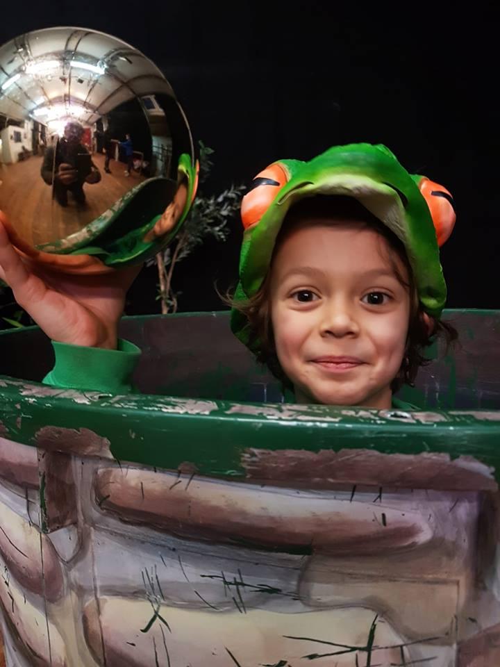 Kindertheater Hopjes: Der Froschkönig