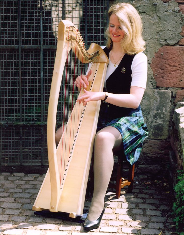 Abgesagt – Deirdre Campbell-Shaw (Ehename Lasaar) Edinburgh, Schottland
